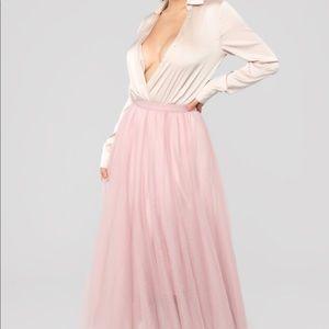 Dresses & Skirts - Bodysuit skirt set Beige/Pink